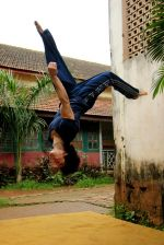 Tiger Shroff_s pictures doing gymnastics (1).JPG
