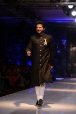 Anil Kapoor walk for Masaba-Satya Paul for PCJ Delhi Couture Week on 2nd Aug 2013 (74).JPG