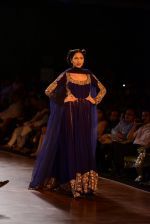 Model walks for Manish Malhotra show at PCJ Delhi Couture Week 2013 on 4th Aug 2013 (173).JPG