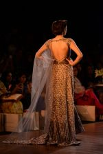 Model walks for Manish Malhotra show at PCJ Delhi Couture Week 2013 on 4th Aug 2013 (193).JPG