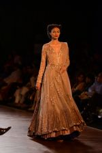 Model walks for Manish Malhotra show at PCJ Delhi Couture Week 2013 on 4th Aug 2013 (204).JPG