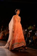 Model walks for Manish Malhotra show at PCJ Delhi Couture Week 2013 on 4th Aug 2013 (219).JPG