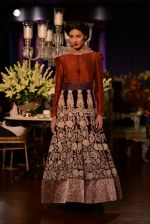 Model walks for Manish Malhotra show at PCJ Delhi Couture Week 2013 on 4th Aug 2013 (228).JPG