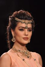 Model walk the ramp for Gia on Day 3 of IIJW 2013 on 6th Aug 2013 (60).JPG