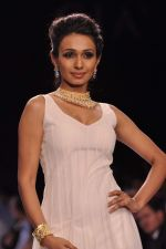 Model walk the ramp for Gia on Day 3 of IIJW 2013 on 6th Aug 2013 (70).JPG