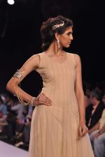 Model walk the ramp for Gia on Day 3 of IIJW 2013 on 6th Aug 2013 (78).JPG