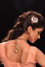 Model walk the ramp for Gia on Day 3 of IIJW 2013 on 6th Aug 2013 (87).JPG