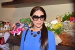 Karisma Kapoor in an upbeat mood at Godrej Nature_s Basket Bandra for the launch of _Healthy Alternatives_ section3.jpg