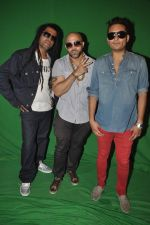 Apache Indian shoots with Raghav for new video in Malad, Mumbai on 10th Aug 2013 (50).JPG