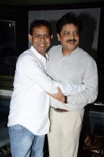 Udit narayan at the Recording song of movie My Name is Suman negi in Empire Studio on 19th Aug 2013 (4).JPG