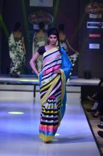 Model walk the ramp for Nitya Singh at the Signature Premier Pune Style Week 2013 on 19th Aug 2013 (6).JPG