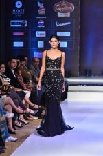 Model walk the ramp for Rocky S at the Signature Premier Pune Style Week 2013 on 19th Aug 2013 (14).JPG
