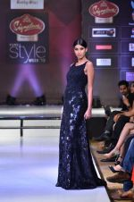 Model walk the ramp for Rocky S at the Signature Premier Pune Style Week 2013 on 19th Aug 2013 (16).JPG