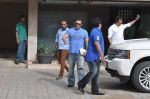 Salman Khan snapped with family in Mumbai on 20th Aug 2013 (34).JPG
