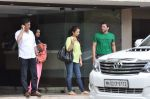 Sohail Khan snapped with family in Mumbai on 20th Aug 2013 (9).JPG