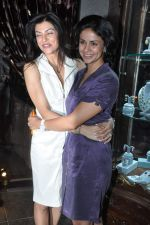 Sushmita Sen, Gul Panag at Queenie_s store launch in Mumbai on 21st Aug 2013 (40).JPG