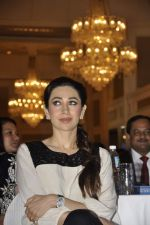 Karisma Kapoor at Driver_s Day event in Trident, Mumbai on 23rd Aug 2013 (36).JPG