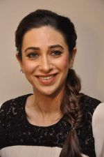 Karisma Kapoor at Driver_s Day event in Trident, Mumbai on 23rd Aug 2013 (40).JPG