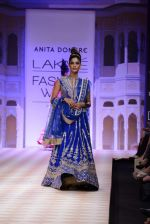 Model walk the ramp for Anita Dongre show at LFW 2013 Day 1 in Grand Haytt, Mumbai on 23rd Aug 2013 (98).JPG