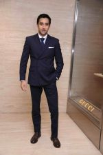 Rahul Khanna at RRO Gucci event in Trident Hotel, Mumbai on 23rd Aug 2013.jpg