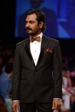Nawazuddin Siddiqui walk the ramp for Troy Costa show at LFW 2013 Day 2 in Grand Haytt, Mumbai on 24th Aug 2013 (7).JPG