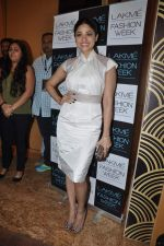 Shamita Shetty on Day 2 at LFW 2013 in Grand Haytt, Mumbai on 24th Aug 2013 (43).JPG