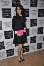 Genelia Deshmukh at Vikram Phadnis show at LFW 2013 Day 3 in Grand Haytt, Mumbai on 25th Aug 2013 (106).JPG