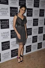 Genelia Deshmukh on Day 3 at LFW 2013 in Grand Haytt, Mumbai on 25th Aug 2013 (209).JPG