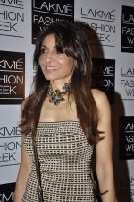 Queenie Dhody on Day 3 at LFW 2013 in Grand Haytt, Mumbai on 25th Aug 2013 (324).JPG