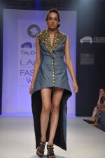 Model walk the ramp for Talent Box Jayaswal show at LFW 2013 Day 4 in Grand Haytt, Mumbai on 26th Aug 2013 (121).JPG
