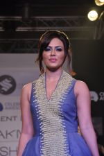 Sana Khan walk the ramp for Talent Box Jayaswal show at LFW 2013 Day 4 in Grand Haytt, Mumbai on 26th Aug 2013 (8).JPG