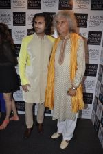 Shivkumar Sharma on Day 4 at LFW 2013 in Grand Haytt, Mumbai on 26th Aug 2013(474).JPG