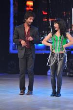 Shahid Kapoor on the sets of Jhalak 6 in Mumbai on 27th Aug 2013,1 (26).JPG