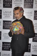 Imam Siddique on Day 5 at LFW 2013 in Grand Haytt, Mumbai on 27th Aug 2013 (74).JPG