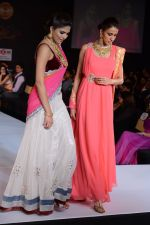Model walks for Riddhi-Siddhi at The Style Walk at LFW 2013 Day 6 in Grand Haytt, Mumbai on 28th Aug 2013 (546).JPG