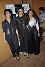 Puja Gupta on Day 5 at LFW 2013 in Grand Haytt, Mumbai on 27th Aug 2013(147).JPG