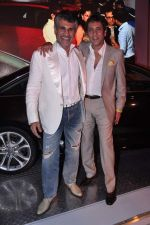 Arjun Khanna at FDCI Audi Autumn Collection 2014 on 30th Aug 2013 (191).JPG