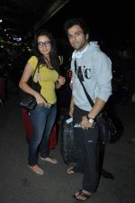 Asha Negi, Rithvik Dhanjani leave for SAIFTA Awards in Mumbai Airport on 4th Sept 2013 (81).JPG
