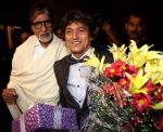 amitabh & adesh at Adesh Shrivastava birthday party in Sun N Sand Hotel, Mumbai on 8th Sept 2013.jpg