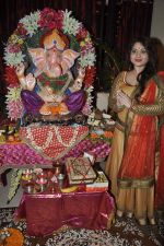 Misti Mukherjee celebrate Ganesh Chaturthi in Mumbai on 9th Sept 2013 (138).JPG