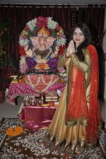 Misti Mukherjee celebrate Ganesh Chaturthi in Mumbai on 9th Sept 2013 (139).JPG