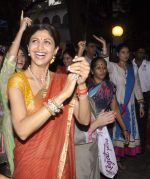Shilpa Shetty_s Ganesha Visarjan in Mumbai on 10th Sept 2013(193).JPG