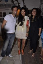 Divya Palat, Aditya Hitkari at AD Singh hosts Olive bash in Mahalaxmi on 11th Sept 2013 (22).JPG