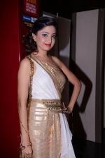 at South Indian International Movie Awards 2013 Red Carpet Day 2 on 12th Sept 2013(301).JPG
