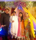 raza murad, rahul thackeray, aditi redkar and shahrukh raza murad  at rahul thackeray-Aditi Redkar engagement.jpg