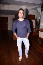 Vivian Dsena at Munisha Khatwani_s birthday party in Mumbai on 17th Sept 2013 (25).JPG