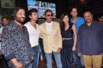 Sonu Nigam, Leslie Lewis, Gulshan Grover, Amrita Raichand,Roop Kumar Rathod at Baat Bann Gayi music launch in Hard Rock, Mumbai on 19th Sept 2013 (65).JPG