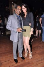 Tulip Joshi, Vinod Nair at Lucky Morani_s bday bash in Hard Rock, Mumbai on 19th Sept 2013 (22).JPG