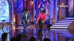 Shahid Kapoor and Salman Khan Dancing on Bigg Boss Season 7 - Day 6 (3).jpg
