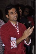Vir Das at India_s largest comedy festival launch in Blue Frog, Mumbai on 22nd Sept 2013 (11).jpg